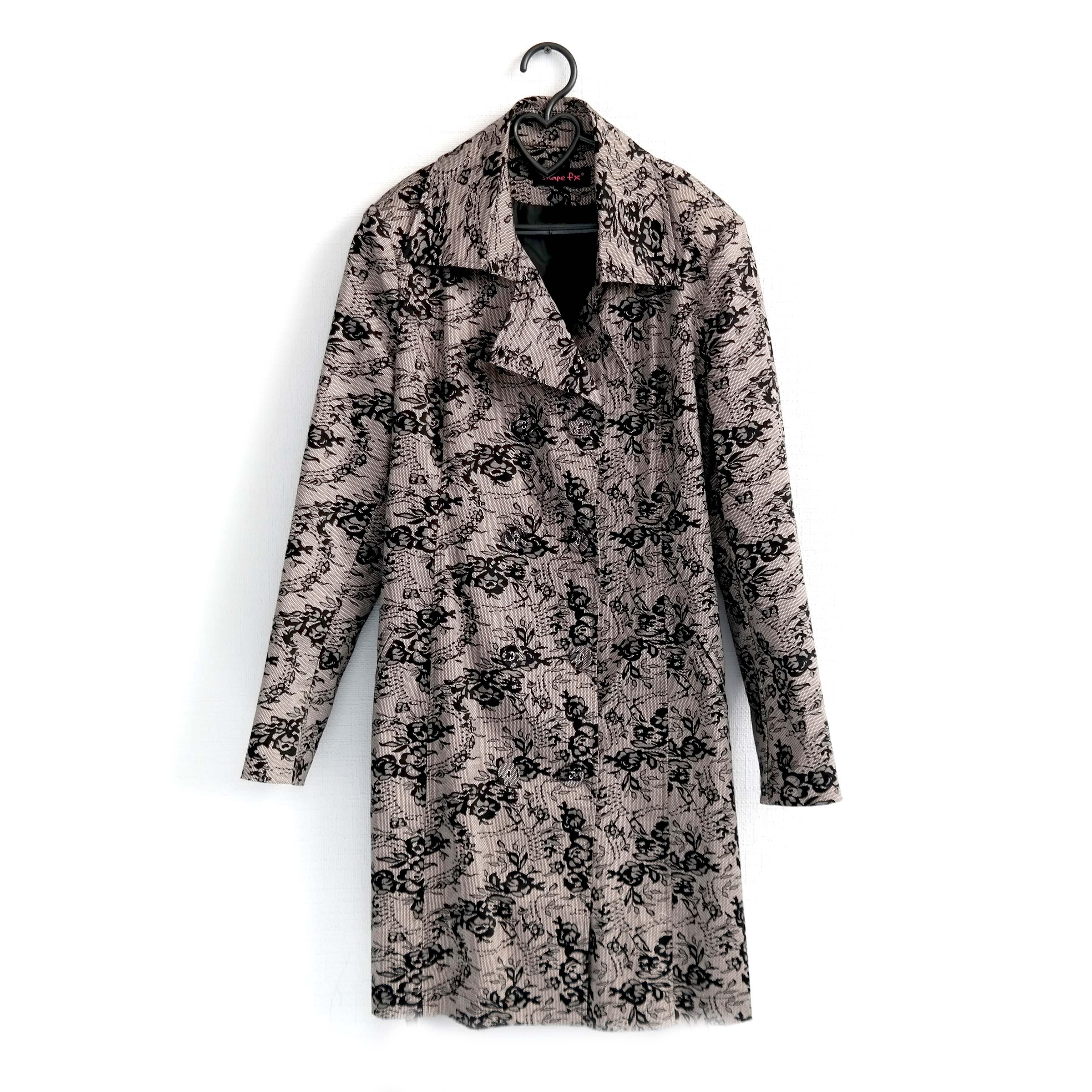 Пальто женское пестрое в Челябинске