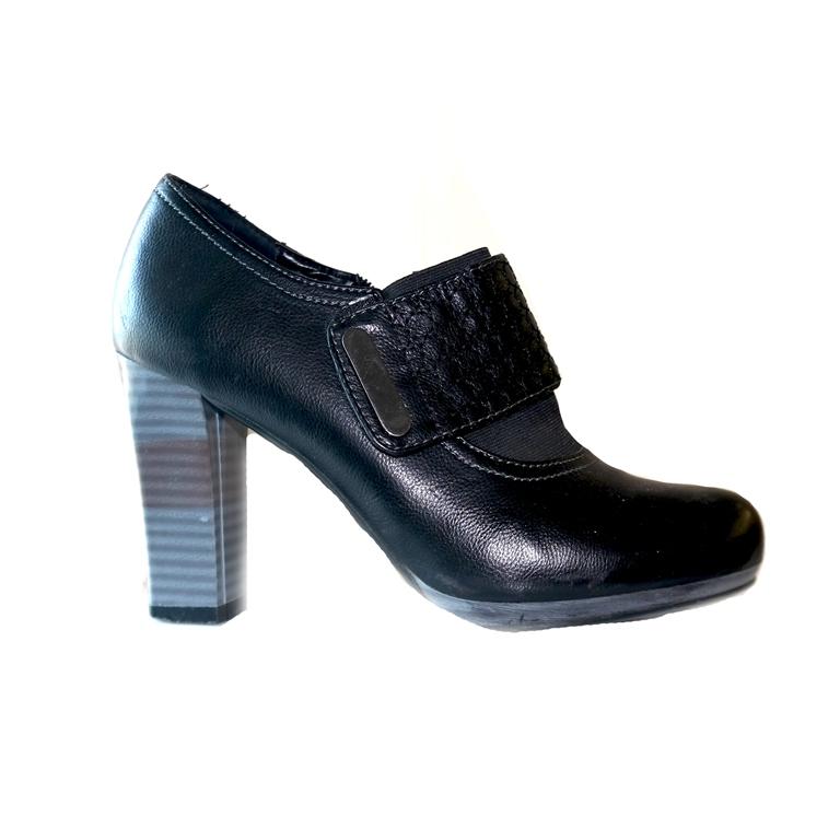 Женские ботинки на каблуке  в Челябинске