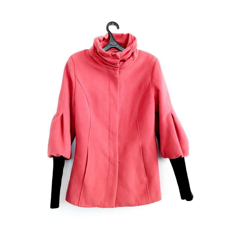 Женское пальто розовое в Москве
