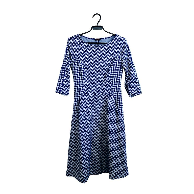 Женское платье синее с принтом елочка в Челябинске