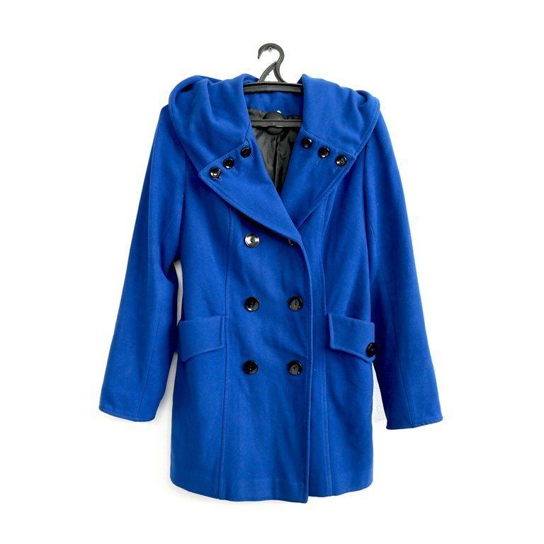 Женское синее пальто  в Москве
