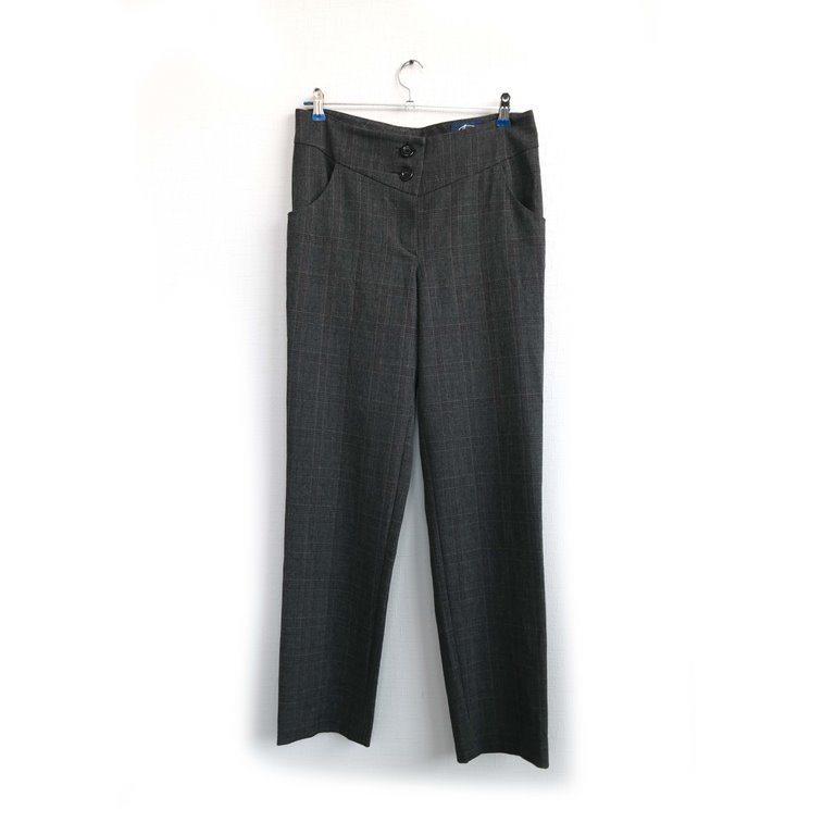 Женские брюки черные классические в Челябинске