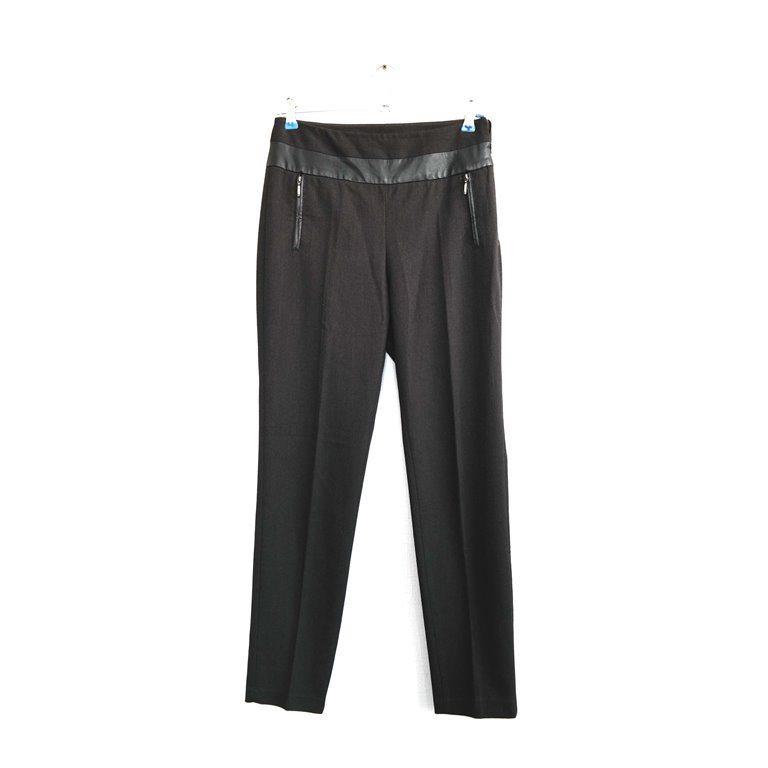 Женские брюки черные с карманами на молниях  в Челябинске