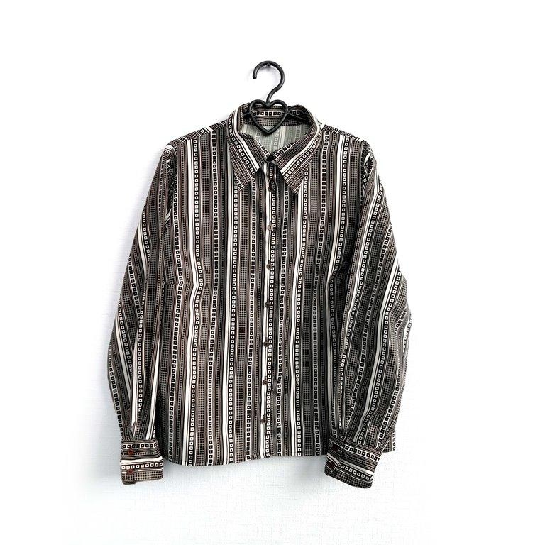 Рубашка мужская пестрая в полоску в Челябинске