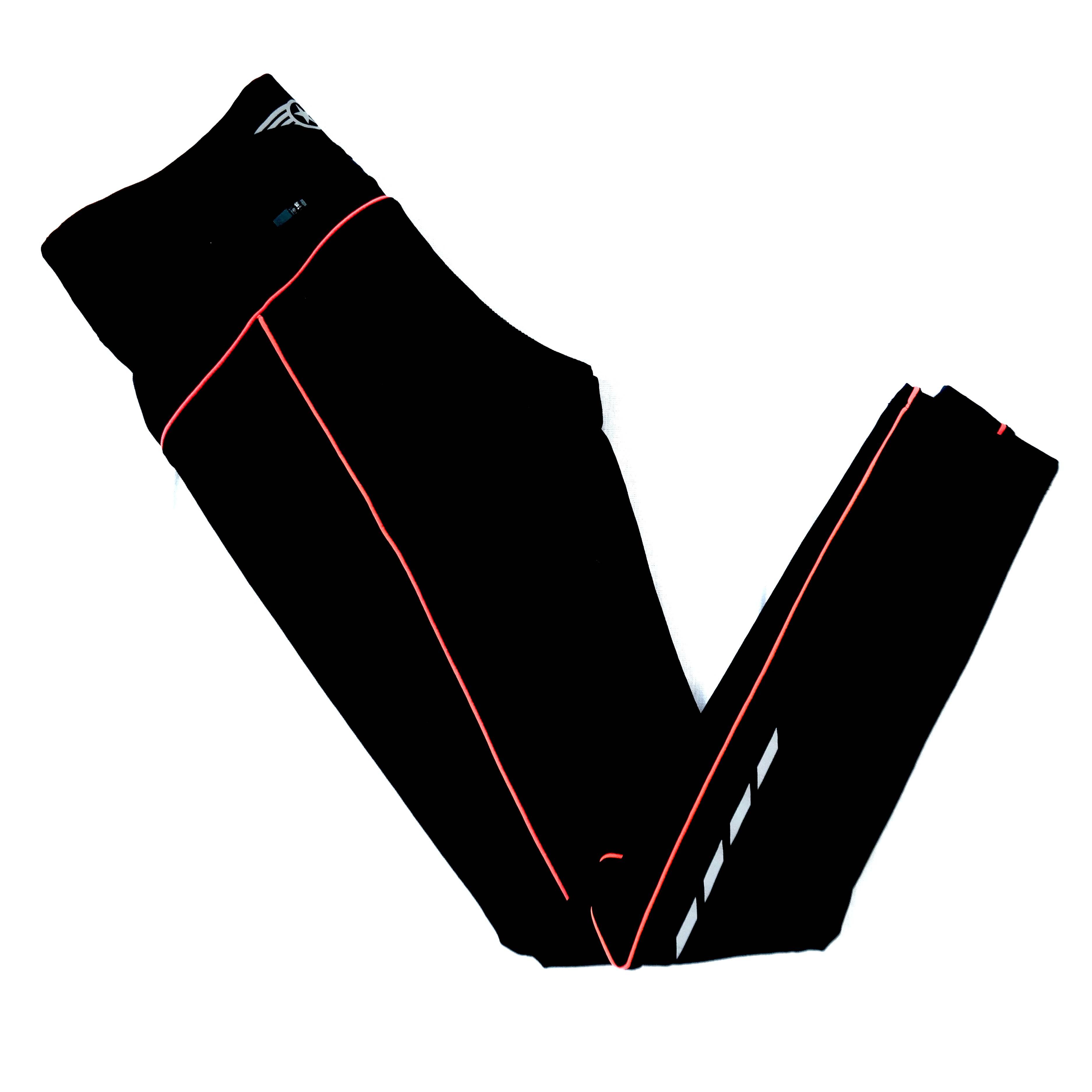 Спортивные женские брюки с красной строчкой в Челябинске