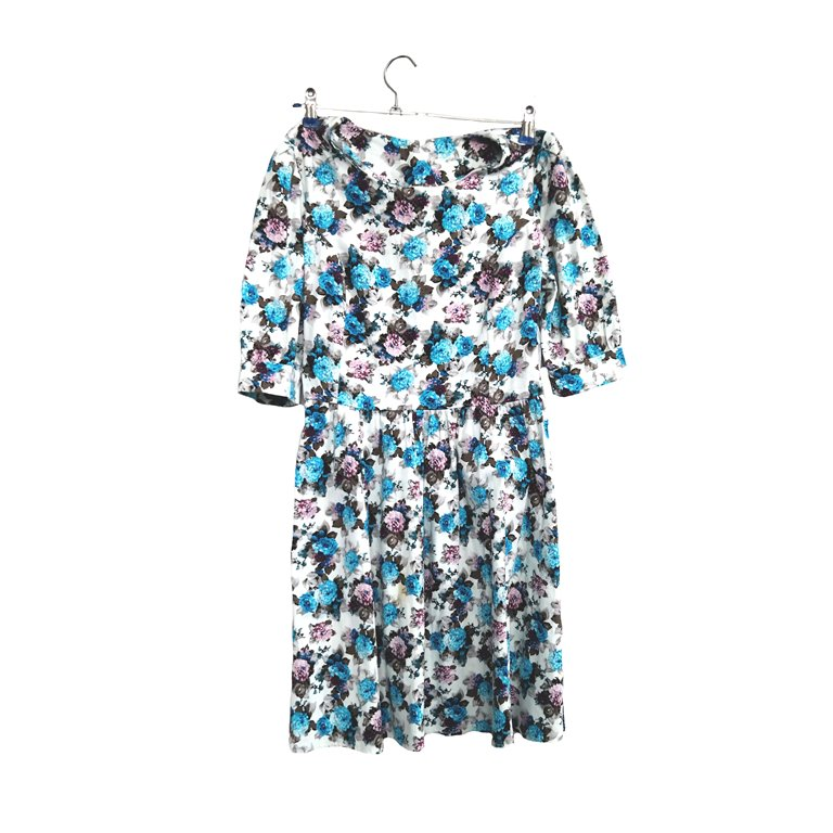 Платье с голубыми цветами в Ростове-на-Дону