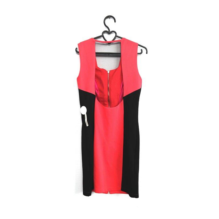 Женское платье розовое с черным в Москве