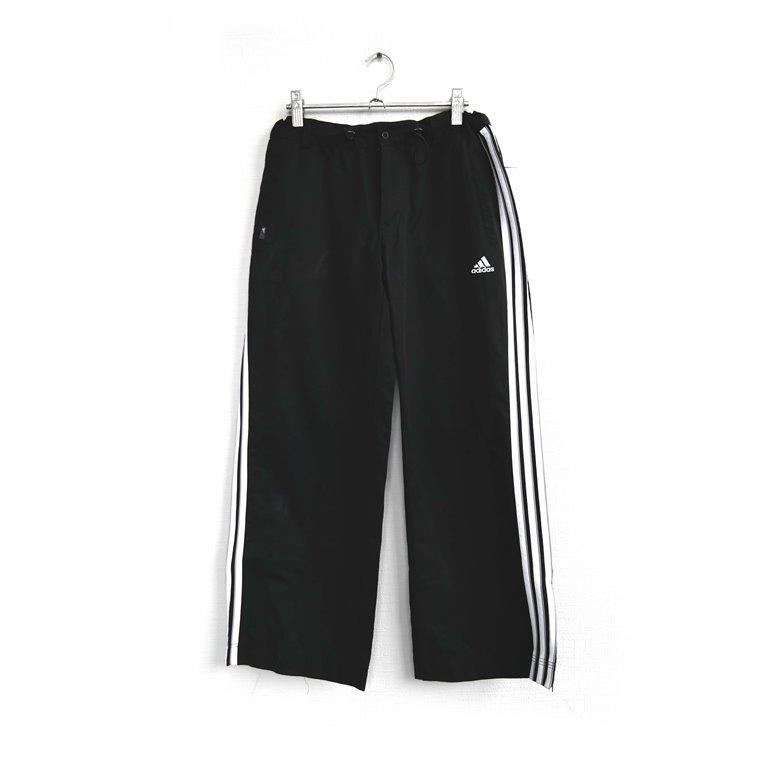 Мужские спортивные брюки с лампасами черные в Москве