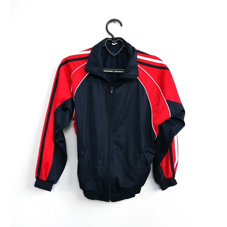 Мужская спортивная олимпийка черно-красная в Челябинске