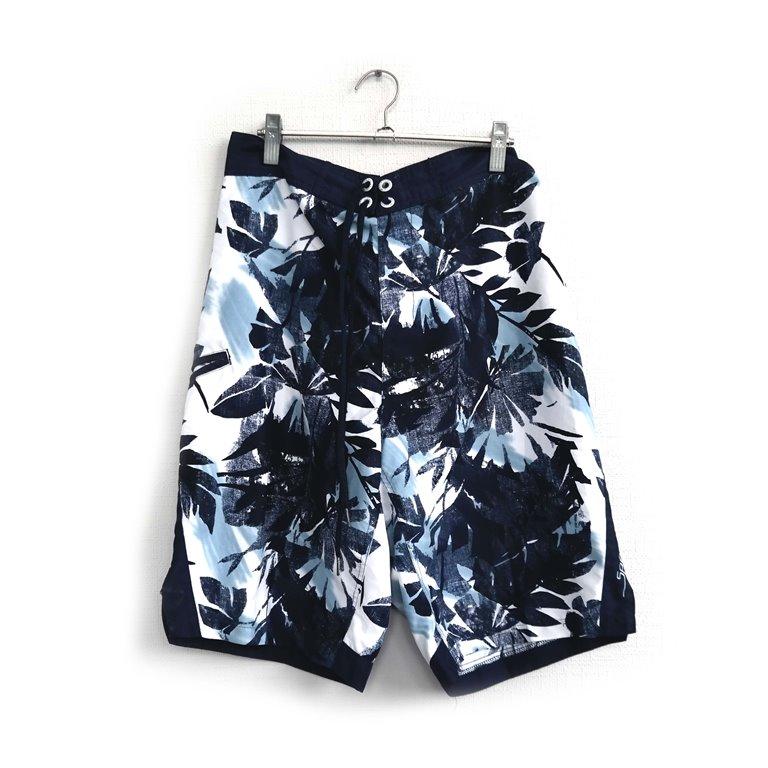 Мужские пляжные шорты-бермуды в Челябинске