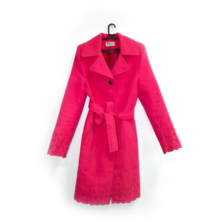 Пальто женское цвета фуксии в Челябинске