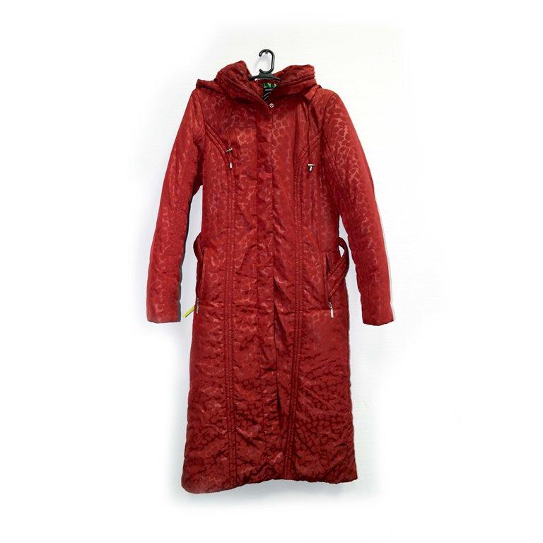 Пуховик женский зимний красный в Челябинске
