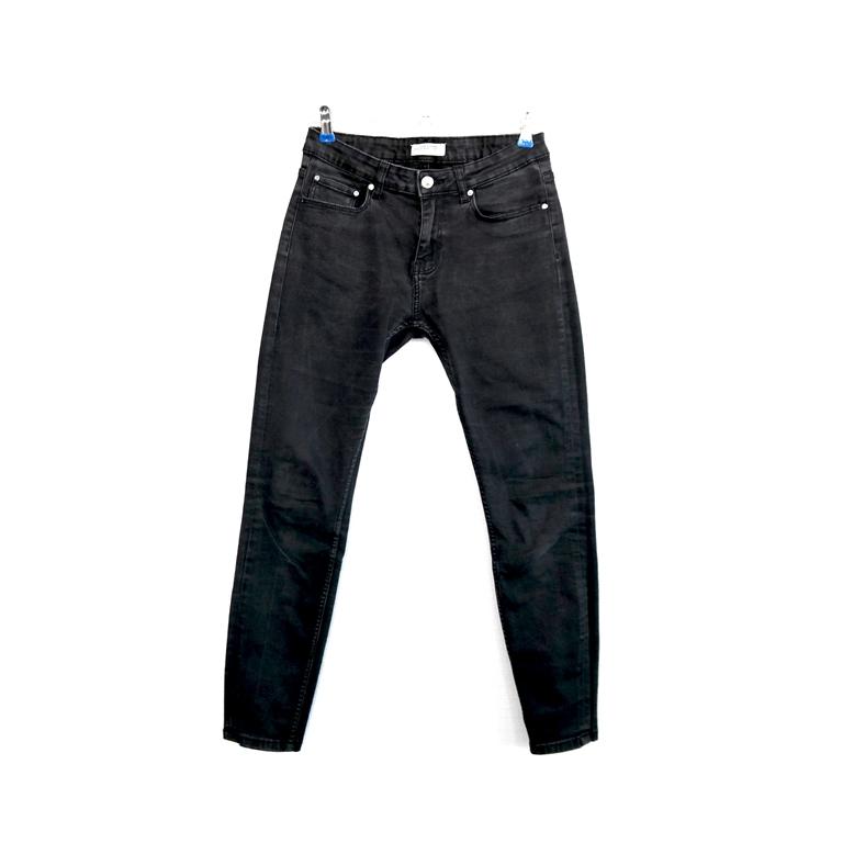 Женские джинсы черные зауженные в Москве