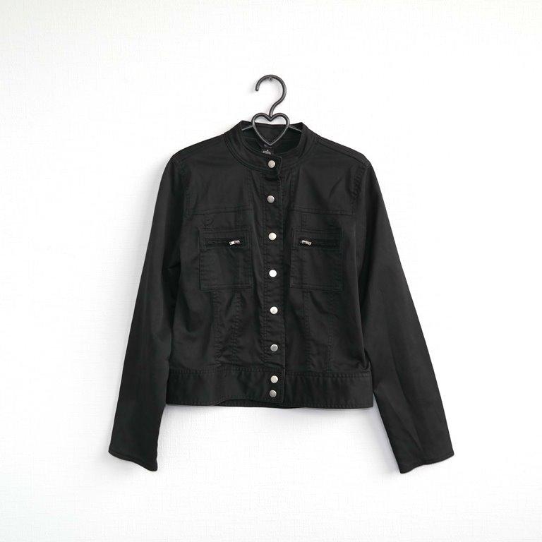 Черная женская куртка  в Москве